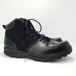 Nike Manoa Boots Black on Black Size 13